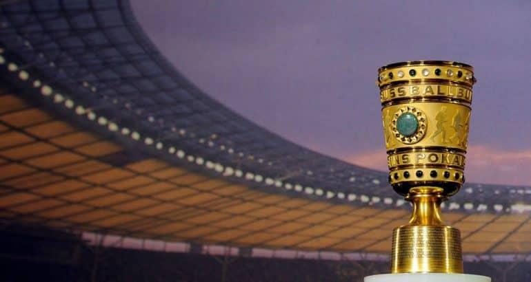 Foto del trofeo all'interno dell'Olympiastadium di Berlino, fonte pagina