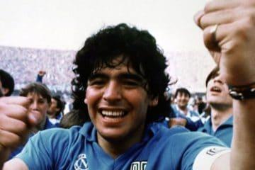 Maradona sorridente