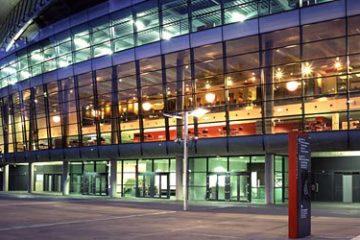 """Foto esterna dell' """"Emirates Stadium"""" di Londra"""