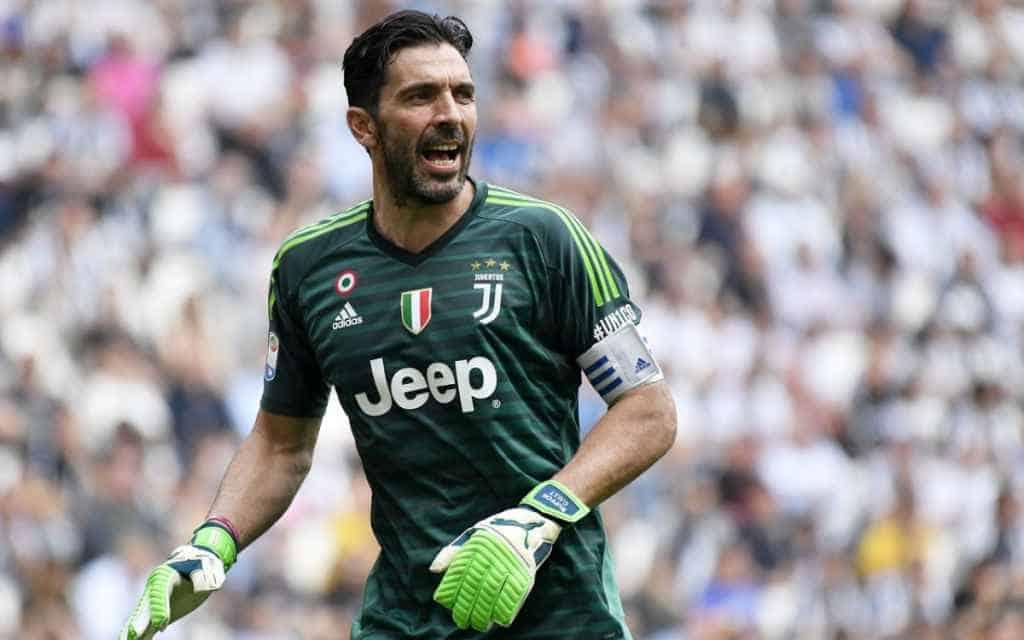 """Buffon lascia la Juventus, ma annuncia: """"Valuterò altre offerte"""""""