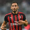 Ufficiale, addio Milan e tradimento: Calhanoglu firma con l'Inter